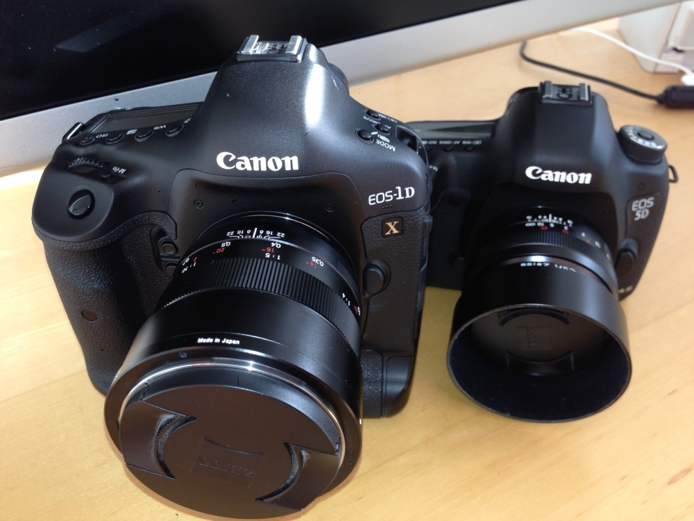 canon 5diii vs canon 1dx sitting side by side