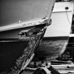shipyard 2. Zeiss 50mm f/2 Makro MF: Labor Day Weekend in Mystic, f/2, 1/1250. Silver Efex- Wet Rocks. © Nicholas Vendemia | Vaperture. 8/30/13