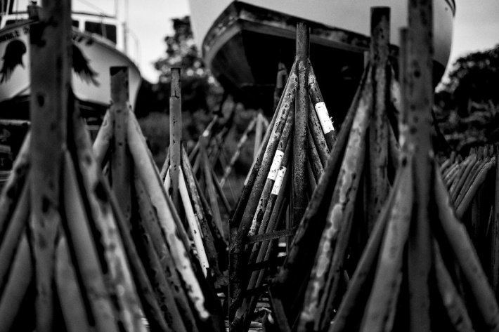 shipyard 3. Zeiss 50mm f/2 Makro MF: Labor Day Weekend in Mystic, f/2, 1/1250. Silver Efex- Wet Rocks. © Nicholas Vendemia | Vaperture. 8/30/13